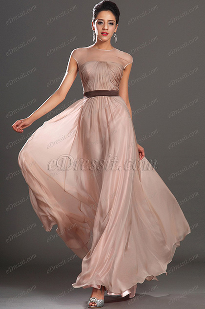 New Fabulous Sleeveless Evening Dress