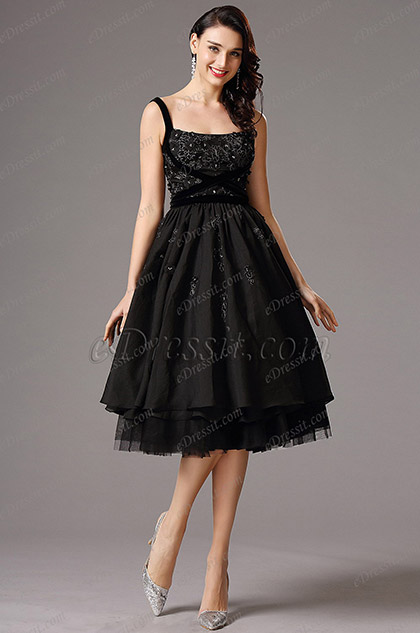 Flattering Black Vintage Layered Cocktail Dress Party