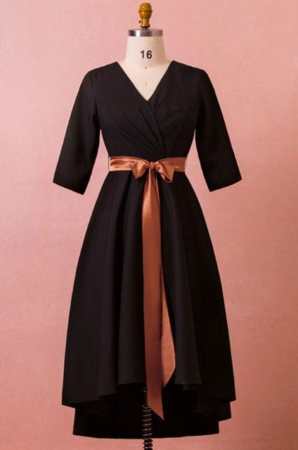 eDressit Black V-cut Short Sleeves Plus Size Dress Women Dress (31191500)