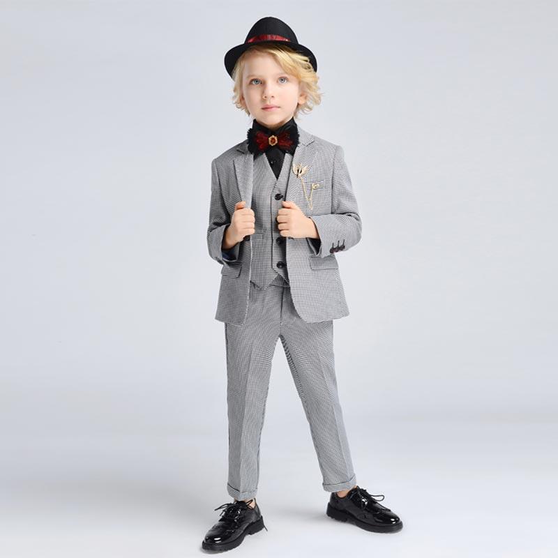 New Classic Light Grey 4 Pieces Fit Suit Boys Suit (T16008)