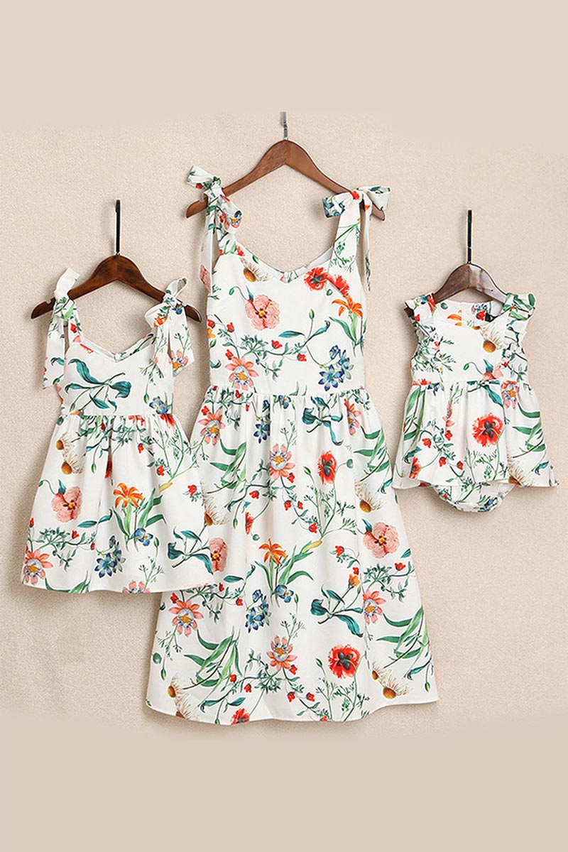 Mommy and Me Floral Printed Dresses Shoulder Straps Bowknot Outfits (T401068)