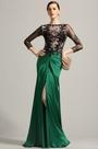 Robe de soirée longue drapée vert émeraude dentelle noire (02154104)