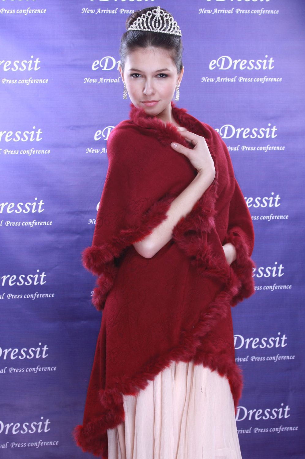 eDressit Deep Red Shawl/Wrapa/Bolero (14090217)