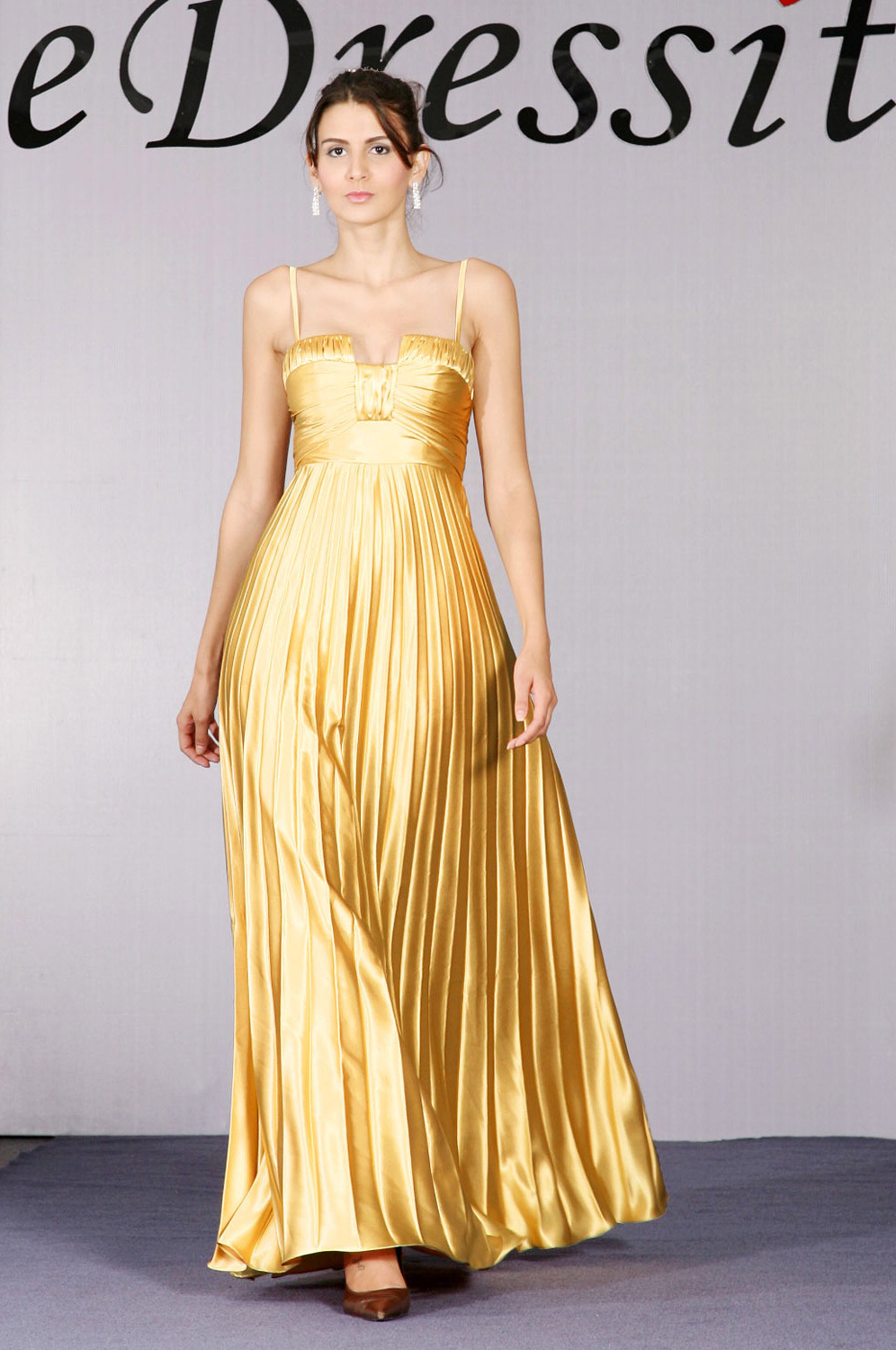 eDressit Charming Gold Pleated Satin Evening Dress (00092624)