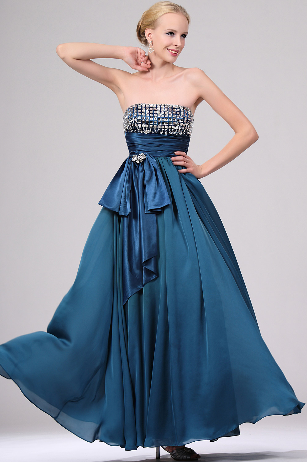 eDressit Stunning Beaded Strapless Evening Gown with Bowknot (00110705)