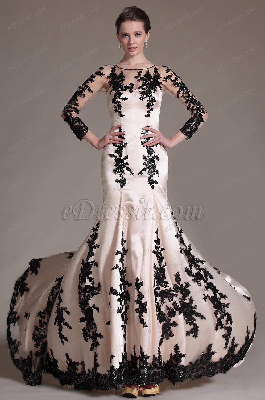 Осеннее платье с длинными рукавами