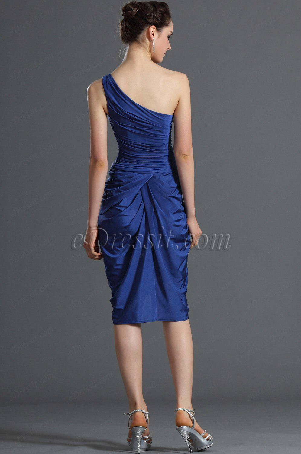 Wearing a one-shoulder formal gown, single-strap party dress, or prom dress with one shoulder is on trend this season. This trendy fashion style has been rejuvenated and is .