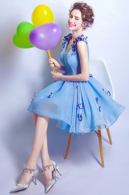 eDressit Belle Robe de Cocktail Courte Bleue En V-Col (35191905)