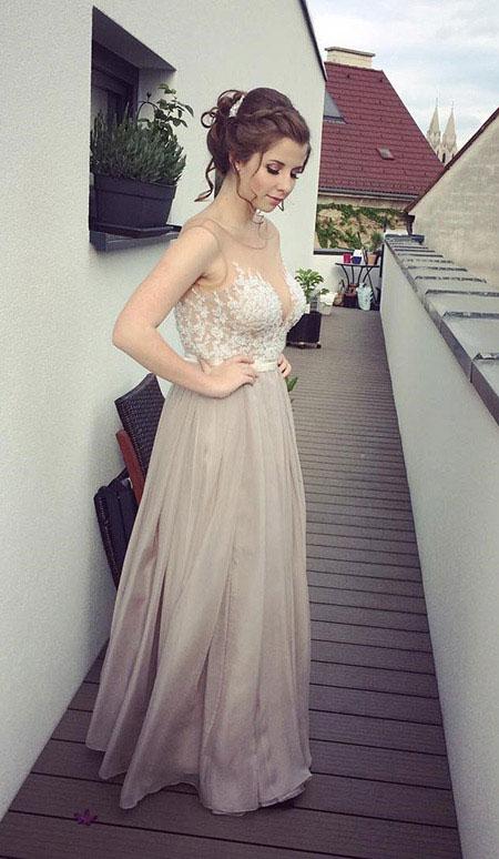 A Line Sleeveless Lace Applique Evening Dress