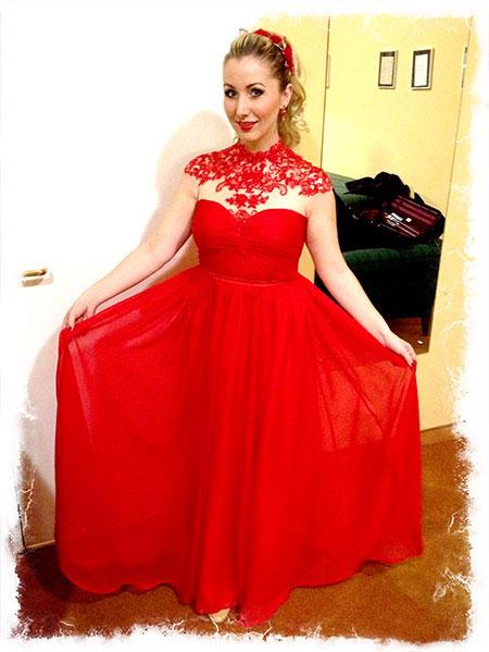Rotes langes Abendkleid Spitze Rundhalsausschnitt