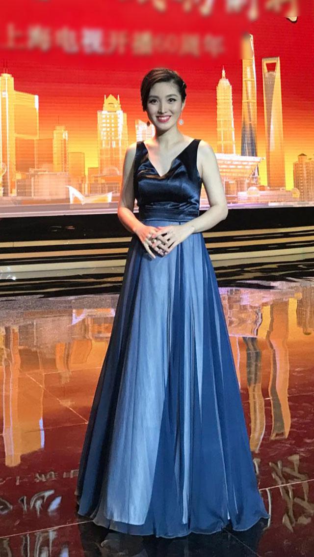 Blue V Cut Ball Gown Formal Dress