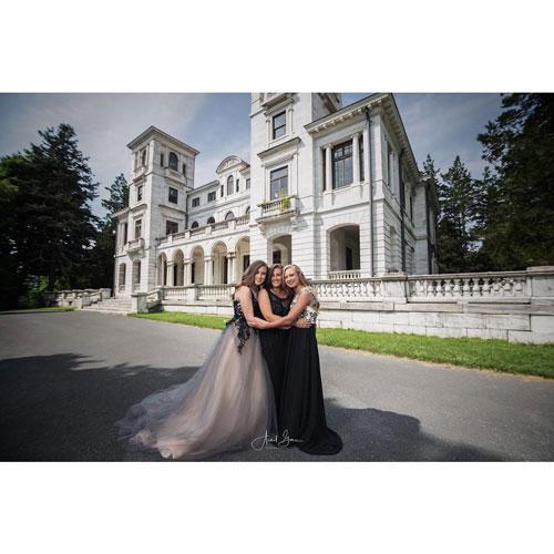 Elegant Sleeveless Prom Dress With Puffy Skirt
