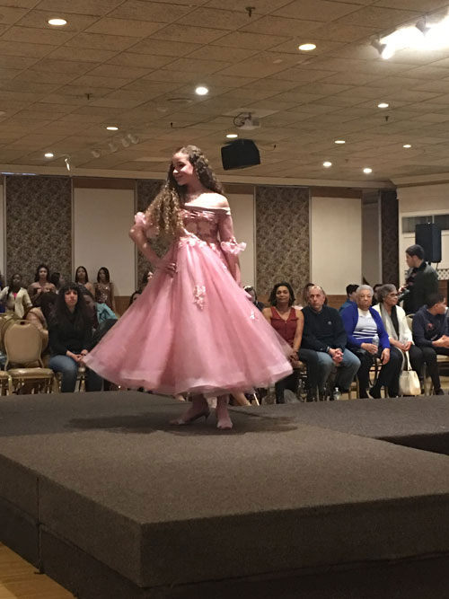 Pink Girls Dress for Perform and Wedding Off the Shoulder